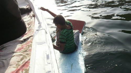 Navegando hacia Isla Elefantina