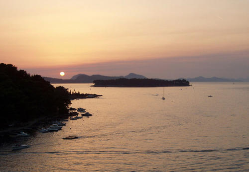 Puesta en Dubrovnik II